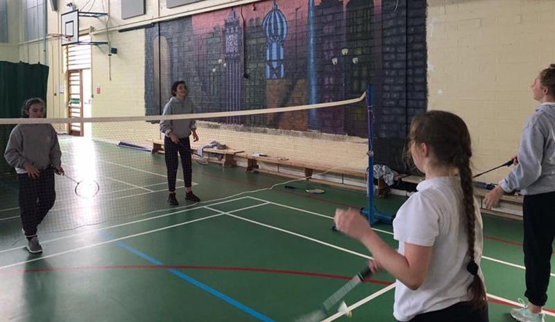 badminton1.jpg